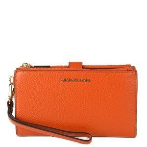 NWT Michael Kors Adele Wristlet Wallet